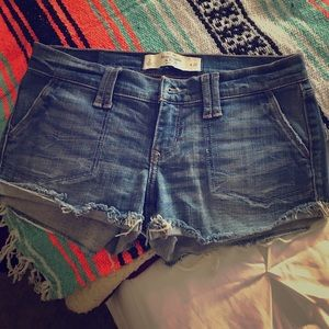 Cute  Abercrombie and Fitch jean distressed shorts